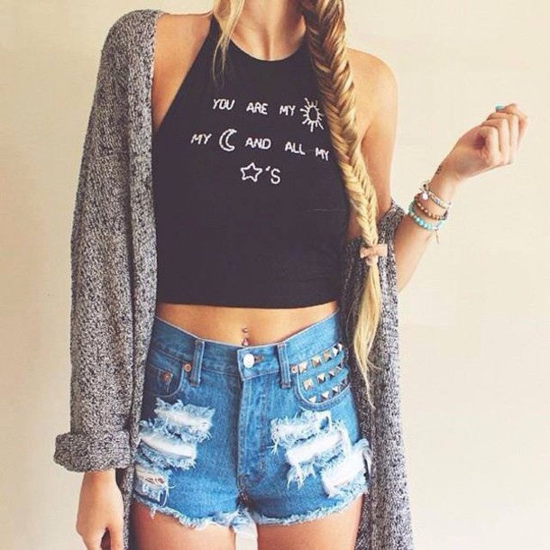 n7fcpq-l-610x610-high+waisted-denim-tops-cardigan-summer+outfits-high+waisted+shorts-ripped+jeans-ripped+shorts-denim+shorts-fashion-jewels-shorts-blouse-tank