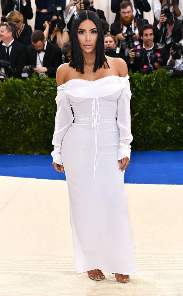 rs_634x1024-170501172800-634a_Kim-Kardashian-Met-Gala-2017-Arrivals_ms_050117